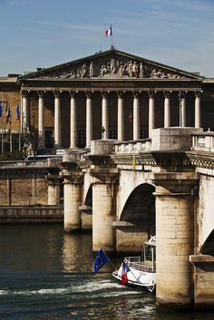 Pont de la Concorde - Palais Bourbon (Assemblée Nationale)