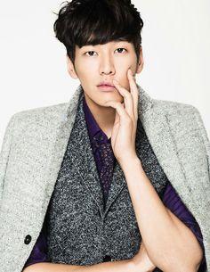 Kim Young Kwang - Ceci Magazine November Issue '12