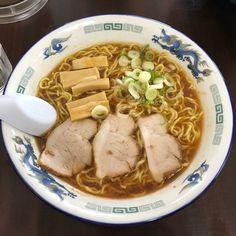正油らめん 大盛り at 旭川らーめん むら山 #62 旨し 二日酔いにしみる(ω) Japanese Ramen, Japanese Food, Junk Food, Revenge, Pork, Asian, Foods, Meat, Ethnic Recipes