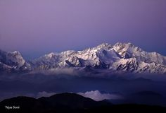A view from sandakphu by Tejas Soni on 500px