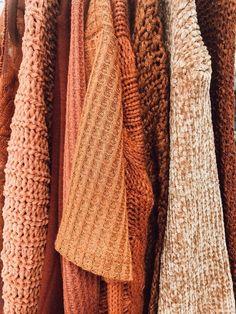 Cozy Aesthetic, Orange Aesthetic, Autumn Aesthetic, Aesthetic Clothes, Aesthetic Outfit, Aesthetic Collage, Aesthetic Vintage, Aesthetic Fashion, Fall Pictures