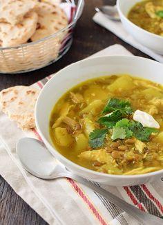 Receta de lentejas al curry con pollo y papas especiada con curry y jengibre: una comida balanceada, económica, rendidora y con mucho sabor |  lentil chicken soup