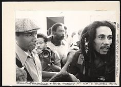 Citation: John Outterbridge and Bob Marley, 1981 / Willie Robert Middlebrook, photographer. John Outterbridge papers, Archives of American Art, Smithsonian Institution.