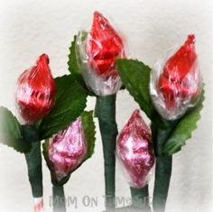 Way to cute for Valentine's day or a Girl Scout Craft for the girls to give parents.