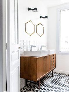 Le lavabo meuble ancien