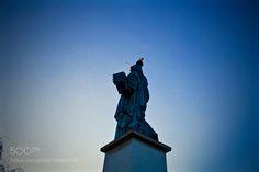 Popular on 500px : Dos de la statue de la Liberté Paris France by Point2vue410