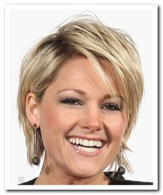 Short-Haircut-Hairstyles-For-Women-Over-50