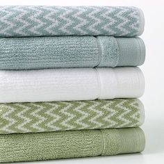 Blue and Green quick-drying bath towels. Five star rating