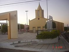 O município de Bernardino Batista, localizado na região do alto sertão do Estado da Paraíba comemorou a passagem do aniversário dos seus 15 anos de ...Igreja matriz