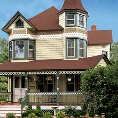 victorian with vinyl siding