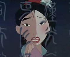 Une youtubeuse se transforme en personnages des films Disney
