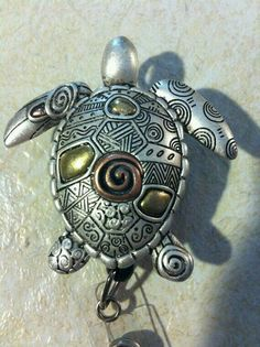 Turtle badge clip