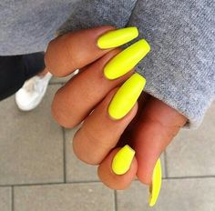 Image via We Heart It https://weheartit.com/entry/175766991 #neonyellownails #longneonnails