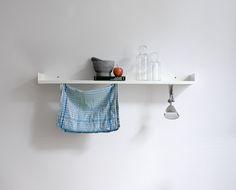Etagère en tôle pliée blanche — White shelf, folded steel sheet