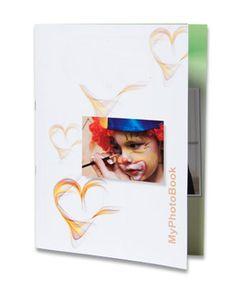Fotolibro spillato, il tipo più economico e di migliore qualità si compone online con Photoboost3d  http://www.miofotolibro.it/fotolibro-design-bronze.php