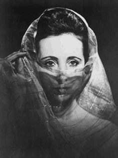 Google Image Result for http://www.gadflyonline.com/best_of_2001/wednesday-art/images/anaisnin.gif