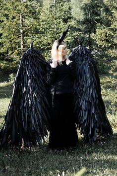 Mistress Evil Maleficent wings Demon horns Dark Angel Wings | Etsy Black Wings Costume, Fairy Wings Costume, Dark Angel Wings, Demon Wings, Maleficent Wings, Maleficent Costume, Halloween Wings, Halloween Fun, Adult Fairy Wings