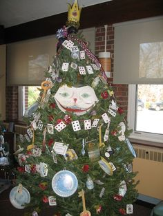 Alice in Wonderland Themed Christmas Tree