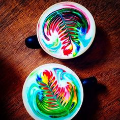Check out @nicolemaryx's beautiful latte art! I don't drink coffee but if I did…