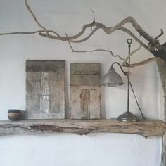 #paintings #mixedmedia #forsale#roots #art#artvisual #artinhere #nature #tones #texture #linen#tekstile #wood #driftwood #woodlove #silver #ceramic #vintage #lamp#loppefund #simple #simplethingsinlife #nothingisordinary #treasures #natureinside #nature#interiors