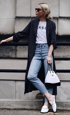 awesome fall outfit stripped coat   tee   jeans   bag   sneakers