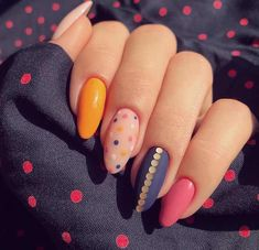 There are three kinds of fake nails which all come from the family of plastics. Acrylic nails are a liquid and powder mix. They are mixed in front of you and then they are brushed onto your nails and shaped. These nails are air dried. Dot Nail Art, Nail Art Diy, Diy Nails, Cute Nails, Neon Nails, Yellow Nails, Classy Nails, Simple Nails, Trendy Nails