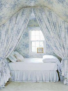 Google Image Result for http://www.shelterness.com/pictures/attic-bedroom-designs-35.jpg