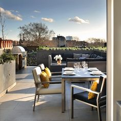 Read our outdoor guide to discover inspiring rooftop terrace design ideas and city garden inspiration - LuxDeco.com