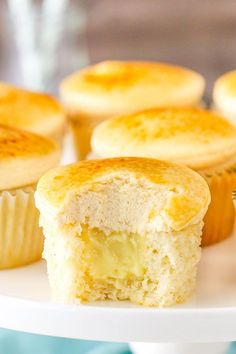 Creme Brûlée Cupcakes! A moist, fluffy cupcake with pastry cream filling, caramel frosting and caramelized sugar on top!