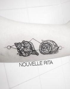 Nouvelle Rita shell tattoo