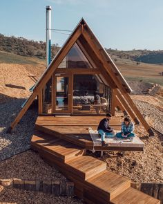 🏕 Sweeney's Hut, simply beautiful. Shed To Tiny House, Tiny House Cabin, Cabin Homes, Tiny Homes, A Frame Cabin Plans, Tyni House, Shed Cabin, Timber Architecture, Casas Containers