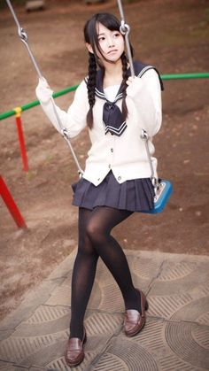 School Girls, sweet girls from japan, asia and everywhere School Uniform Outfits, School Girl Outfit, School Girl Japan, Japan Girl, School School, Cute Asian Girls, Cute Girls, Sweet Girls, Poses