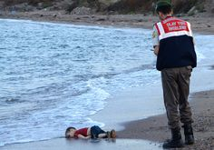 The Year in Pictures 2015 - The New York Times BODRUM, TURKEY 9/2/2015  Aylan Kurdi, the Syrian toddler whose drowning off the coast of Turkey drew public sympathy to the refugee crisis.