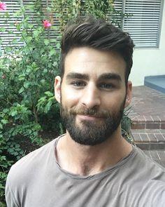 Beard Suit, Sexy Beard, Beard Love, Hairy Men, Bearded Men, Moustaches, Sr Pelo, Hair And Beard Styles, Hair Styles