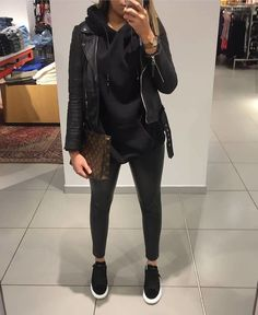 40 trendy and cool jacket outfits ideas you should try 3 – Trendy Fashion Ideas All Black Outfit Casual, Casual Winter Outfits, Winter Fashion Outfits, Classy Outfits, Look Fashion, Stylish Outfits, Fall Outfits, Autumn Fashion, Black Outfits