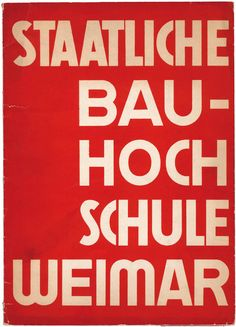 Staatliche Bauhochschule Weimar 1929. Ed. Werner Gräff.   Veröffentlichung der Hochschule,die 1926 in der Nachfolge des Bauhauses gegründet wurde. Publikation of the School, that had been founded as a follow up of the Bauhaus in Weimar in 1926.