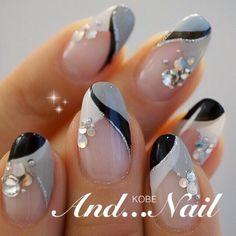 Kobe ◆ ◆ And . Nail Manicure, Gel Nails, Acrylic Nails, Silver Nails, Rhinestone Nails, Chic Nails, Stylish Nails, Beautiful Nail Designs, Beautiful Nail Art