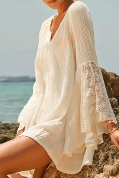 V-Neck Lace Splicing Solid Color Dress WHITE: Summer Dresses