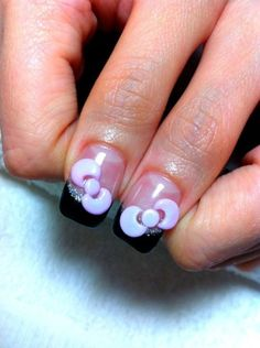 Hello Kitty Bow Nails... I wish my nail place did these. :-)