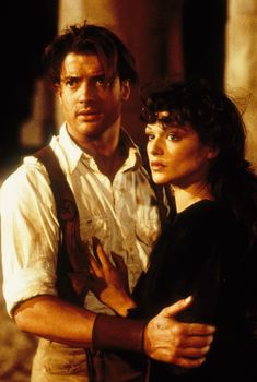 Still of Brendan Fraser and Rachel Weisz in The Mummy (1999)