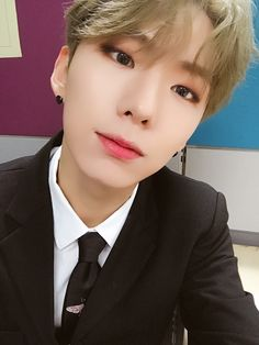 [#Kihyun] Today's #DRAMARAMA was really cool when I watched it, how about for Monbebe? translated by fymonsta-x ϟ