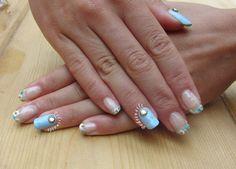 French manicure floreale con doppio accent con decorazioni 3D - photo © Pedrìnails