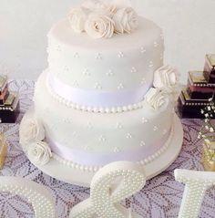 Bolo Noivado!!! #bolo #cake #pastaamericana #bolonoivado