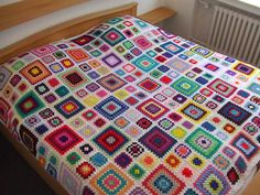 My world of crochet: Granny Square Multicolor Bedspread is finished !!!