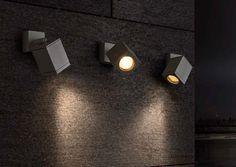 Venkovní svítidlo nástěnné RENDL RED R10391 Venkovní nástěnné svítidlo, určené k montáži na stěnu s připojením na běžný rozvod elektriky, tedy u nás na rozvod 230v  #exterier #exterior #classic #klasické #reality #svítidlo, #osvětlení, #světlo, #light #rustical #outdoor #wall #rendl #red