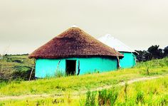Transkei huts Aqua, Teal, Turquoise, African Hut, Vernacular Architecture, Zulu, How To Run Faster, Little Houses, Homeland