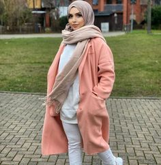 Classy Hijab Winter Coat Outfit Ideas -image@yt_schick - If You Are Looking For Hijab Winter Coat Ideas, Then Keep Reading To Get Some Great Inspiration On Hijab Winter Coat Outfits, Coats With Boots, Long Sleeve Coat Outfits, Teddy Coat Outfits, Faux Fur Coat Outfits And Much More - #hijab #hijabfashion #winteroutfits #coat #muslimah #hijaboutfit