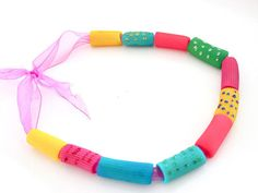 Pasta jewels Does your child love dressing up? Find out how to make some fun pasta jewels to accessorise every outfit! Diy For Kids, Crafts For Kids, Arts And Crafts, Brain Painting, Fun Pasta, Pasta Crafts, Crafts For 3 Year Olds, Skin Paint, Kids Artwork