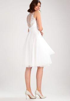 f2bbce37e8 Die 21 besten Bilder auf Brautkleid | Civil Wedding, Boyfriends und Long  sleeve