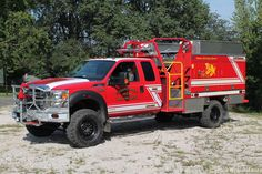 Ford Fire Rescue Brush truck Ambulance, Brush Truck, Wildland Firefighter, Fire Equipment, Rescue Vehicles, Truck Engine, Fire Apparatus, Emergency Vehicles, Fire Engine